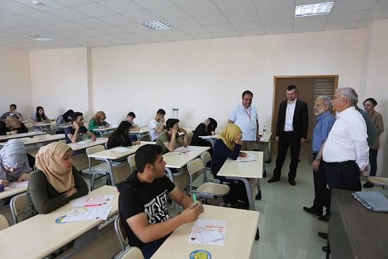 Yabancı uyruklu öğrenci sınavı (YÖS) yapıldı