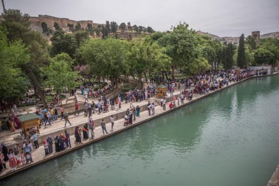 Balıklıgöl turistlerin akınına uğradı