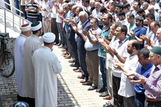 Ceylanpınar'da Mursi için gıyabi cenaze namazı kılındı