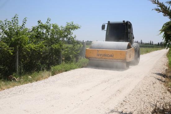 Haliliye'den 4 kırsal mahallede yol yapım çalışması