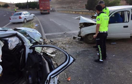 Şanlıurfa'da zincirleme kaza: 1'ağır 5 yaralı