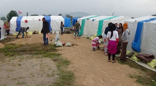Urfalı işçilerin İnegöl'de çadırlarını su bastı