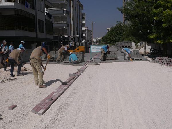 Haliliye belediyesi, yol yenileme çalışmalarına devam ediyor