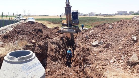 Korçik deresinde kanalizasyon hattı yenilendi
