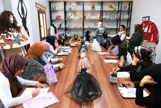 Moda tasarım kursuna yoğun ilgi