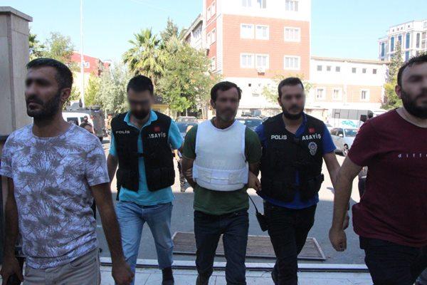 Üç kardeşi öldüren zanlı yakalandı