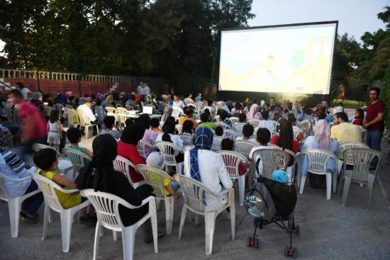 Yaz sineması etkinliği yoğun ilgi görüyor