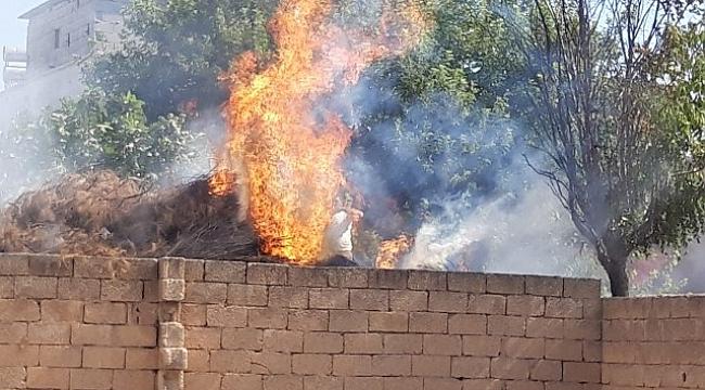 Akçakale'de odunlukta çıkan yangın