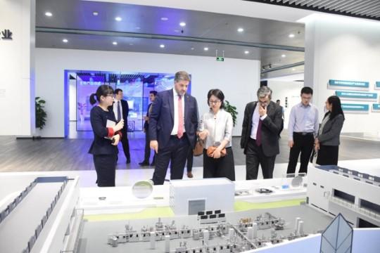 Önen, yatırım ve turizm işbirliklerinin artırılması için çalışıyor