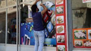 Şanlıurfa'da iş yerlerindeki Arapça tabelalar kaldırıldı