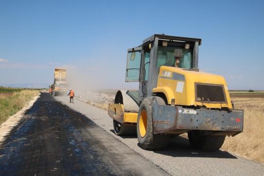 Büyükşehir, kırsal yollardaki çalışmalarına devam ediyor
