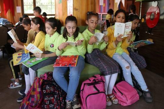 Şanlıurfalı çocuklardan tüm türkiye'ye mesaj: okumak güzeldir
