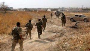 Türk askeri ve Milli Suriye Ordusu şehir merkezinde ilerliyor