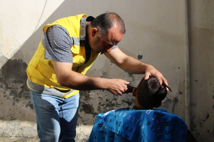 Haliliye'de muhtaç çocuklara kişisel bakım yapıldı