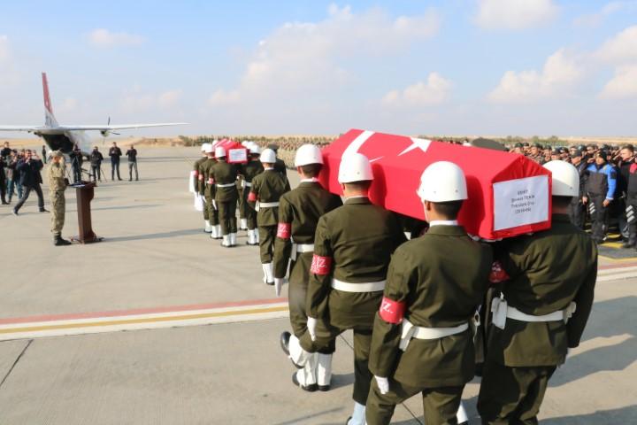 Şanlıurfa'da şehit olan 2 asker memleketlerine uğurlandı