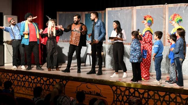 Şehir Tiyatrosu yeni sezonun ilk çocuk oyununu sergiledi