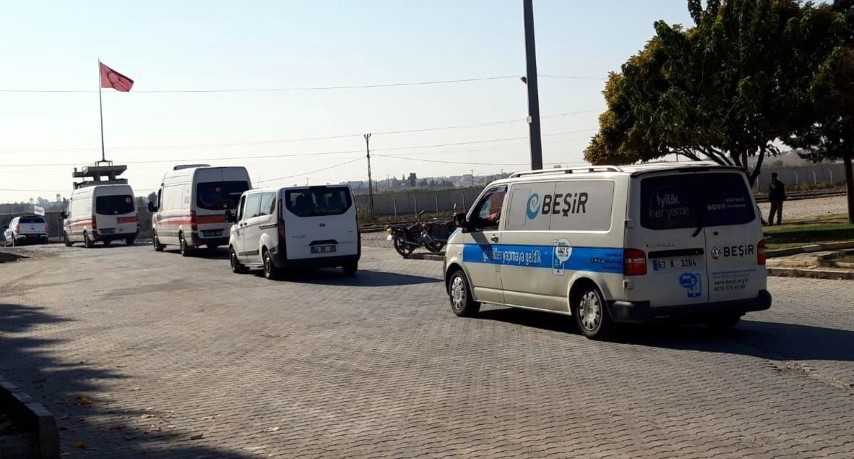 Tel Abyad'daki patlamanın ardından bölgeye yardım konvoyu