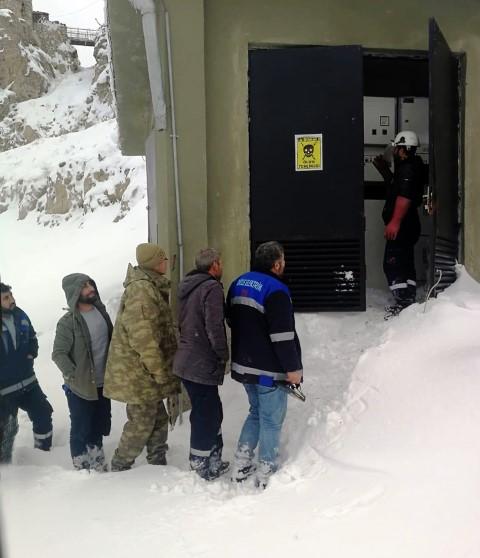 Dicle Elektrik sınırdaki askerleri enerjisiz bırakmadı