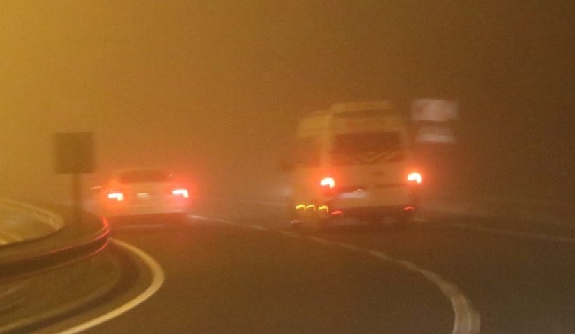 Şanlıurfa'da gece saatlerinde sis nedeniyle görüş mesafesi 5 metreye kadar düştü