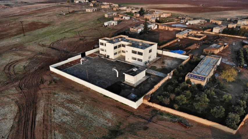 Suriye'de bir okulda daha eğitim başladı