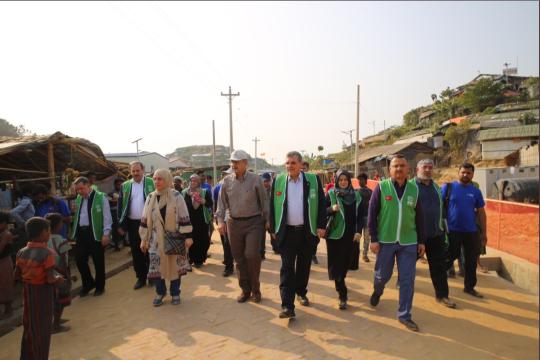 Beyazgül Bangladeş'te Şanlıurfa mahallesinin açılışını gerçekleştirdi