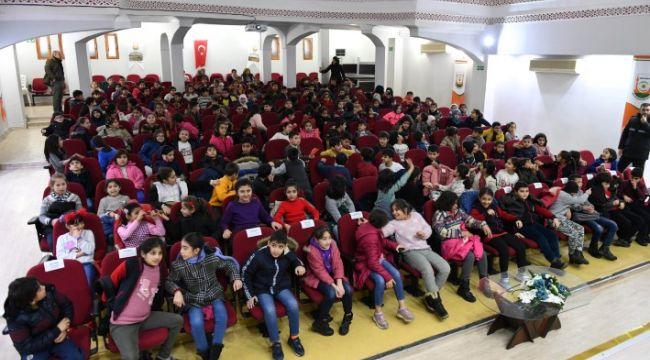 Büyükşehir'den öğrencilere sinema etkinliği (video)