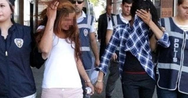Hırsızlıktan aranan 2 genç kız yakalandı