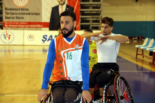 Engelli basketbolcu kariyer hedefleri için Şanlıurfa'da