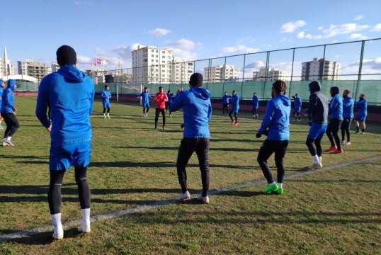 Karaköprü Belediyespor futbolcularından Yomraspor açıklaması