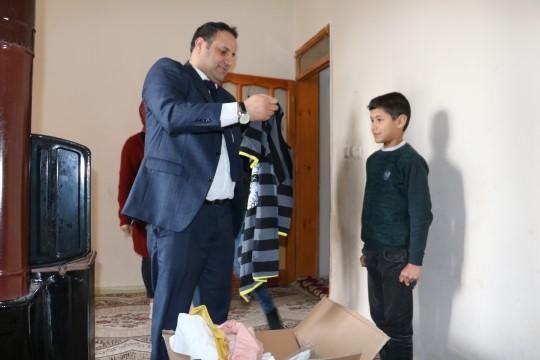 Şanlıurfa'da 2 bin yetim ve öksüze giyim yardımı yapıldı