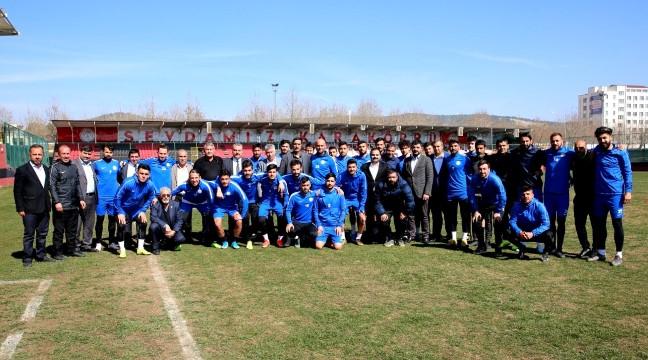 Karaköprü Belediyespor camiasından futbolculara çağrı