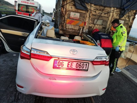 Trafik kazası: 3 ölü, 2 yaralı