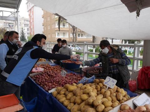 Haliliye'de semt pazarları salgına karşı kontrol altında (Videolu Haber)
