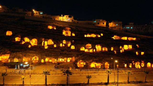 Kızılkoyun mağaraları ışıklandırıldı