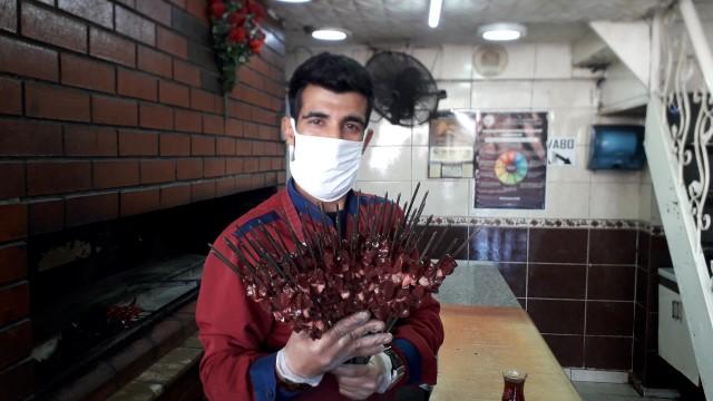 Korona virüsü Urfa ciğer kebabını da vurdu
