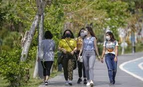 Sokağa çıkma kısıtlamaları olan 15-18 yaş arası gençlerin izinleri başladı