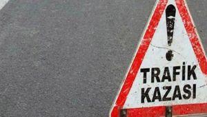Şanlıurfa'da otomobille tır çarpıştı: 1 ölü, 4 yaralı