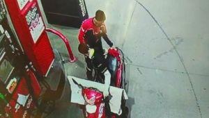 Maskeli ve üniformalı hırsız kamerada (Videolu Haber)