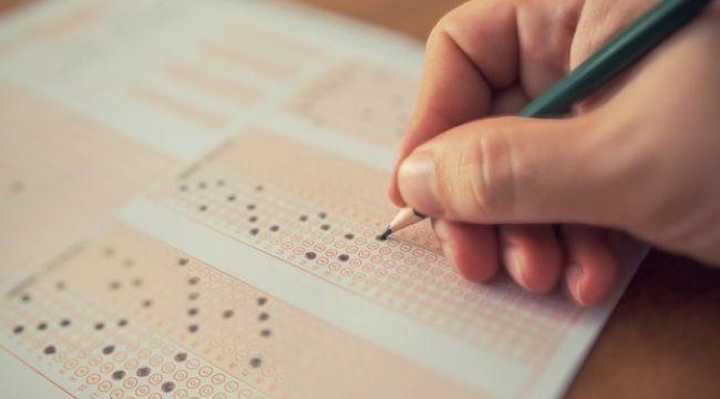 ÖSYM sınavları erteledi.