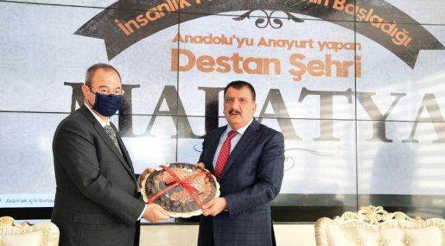 """Gürkan, """"SANKO holding bölgemiz için önemli bir yatırım kuruluşumuzdur"""""""