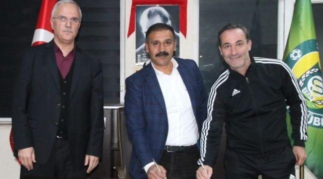 Şanlıurfa spor Teknik Direktör Cüneyt Biçer İle Anlaştı.