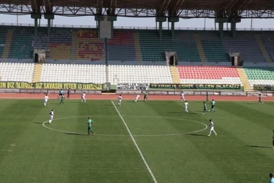 Şanlıurfaspor Amedspor'u 2 - 1 yendi