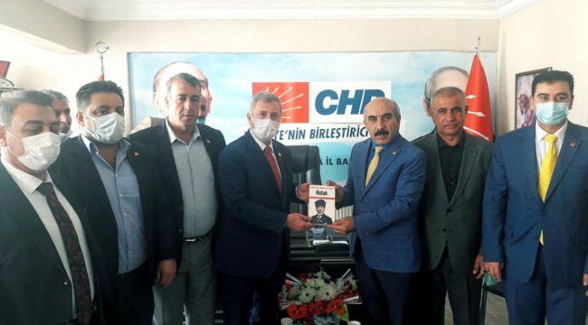 Özdağ CHP Şanlıurfa İl Başkanlığını Ziyaret Etti