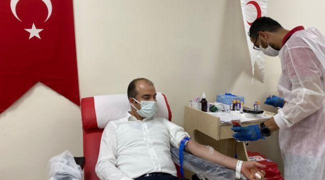 Başhekim Açıkgözden Kan Bağışına destek