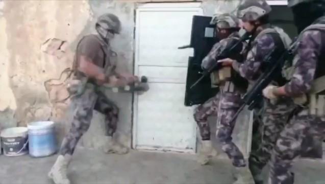 Şanlıurfa'da uyuşturucu operasyonu: 20 gözaltı ( Video Haber )