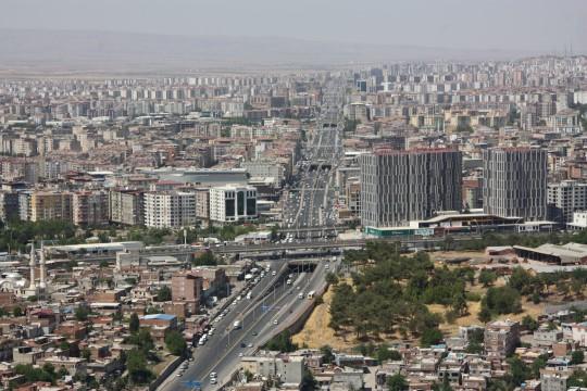 Jandarma Diyarbakır'da 540 aracı havadan denetledi ( Video Haber )
