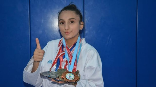 Uygur, Türkiye Şampiyonu olarak döndü