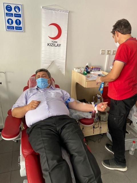 Güler'den kan bağışına destek