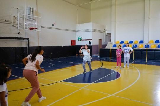 Karaköprü'de çocuklar sporla tanışıyor