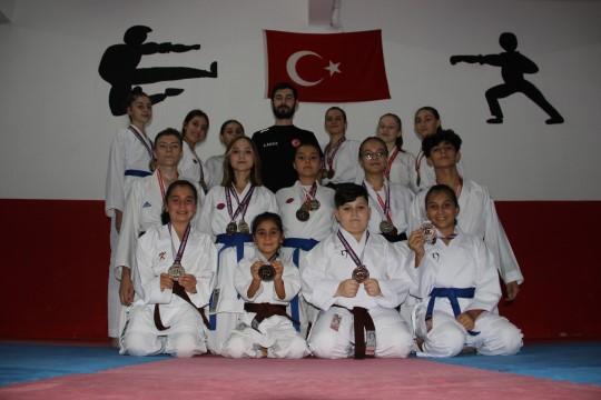 Olimpiyatlardaki başarı karateye olan ilgiliyi artırdı ( Video Haber )